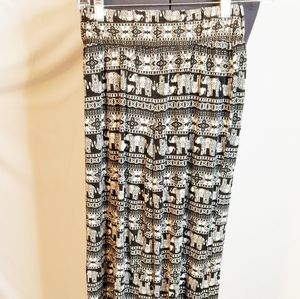 Flare Leg Pants Size Small Black and White